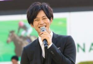 【悲報】松坂桃李さん、ガンダムに例えてファンを困惑させる