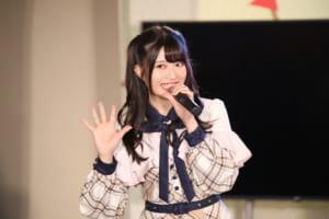"""AKB48の""""ガノタ""""、『ガンダム』のお宝ペットボトルキャップ公開に絶賛の声"""
